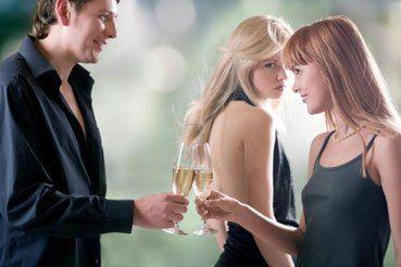 Hier flirten geile Männer auf Tinder mit geilen Männern – und ...