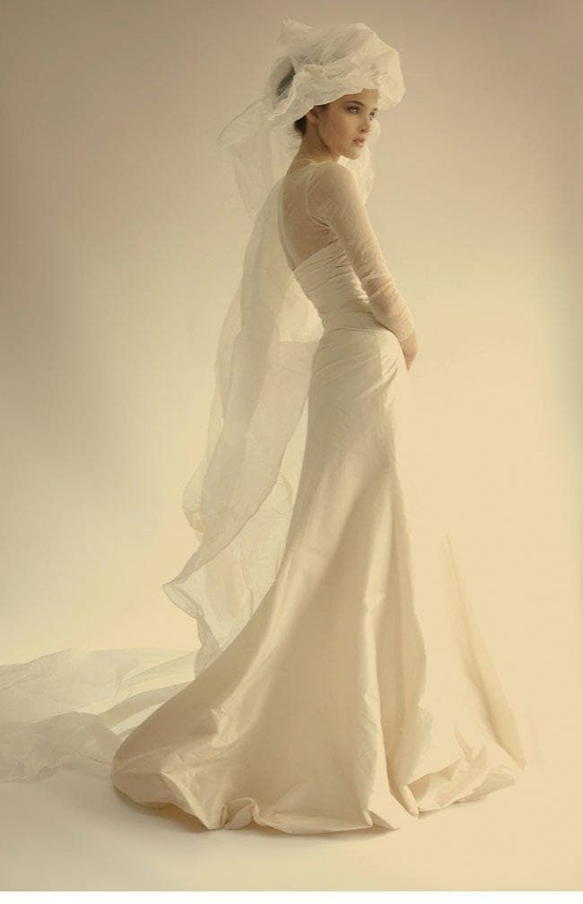 cortana2013-13_brautkleid