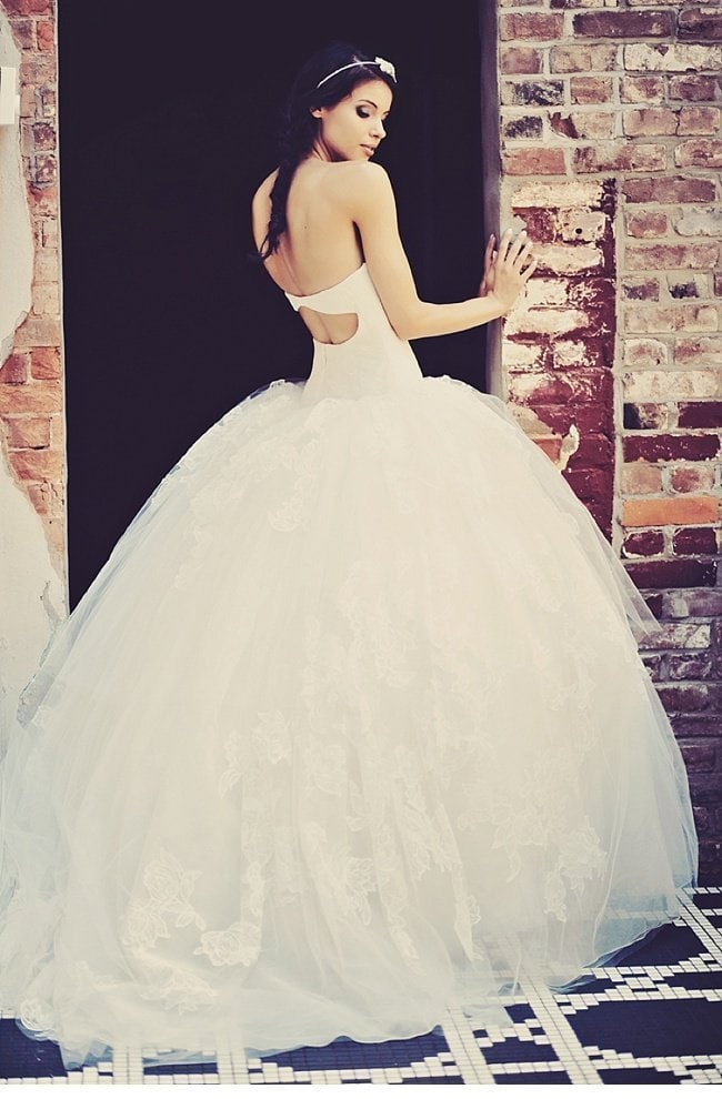 urbanes styledshoot vera wang wedding gowns 0010