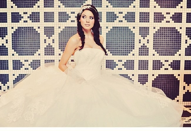 urbanes styledshoot vera wang wedding gowns 0013