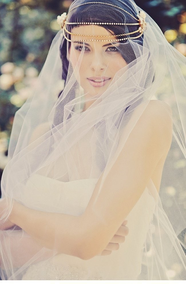 urbanes styledshoot vera wang wedding gowns 0017