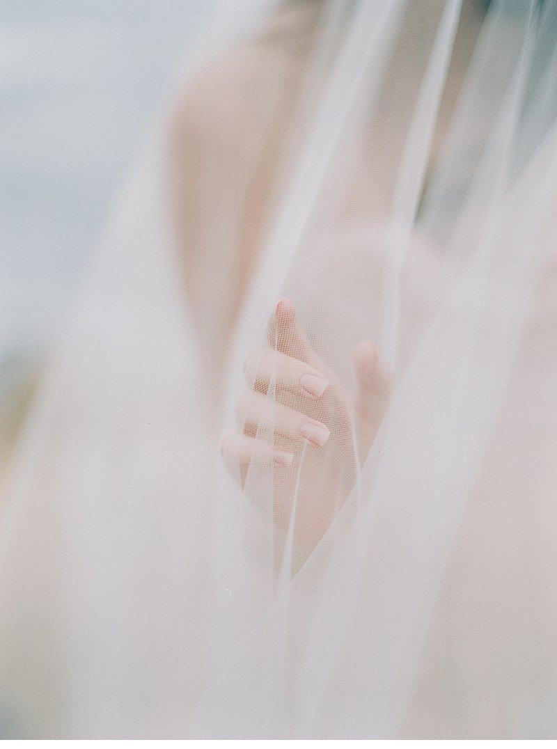 blush coastal wedding inspiration 0012