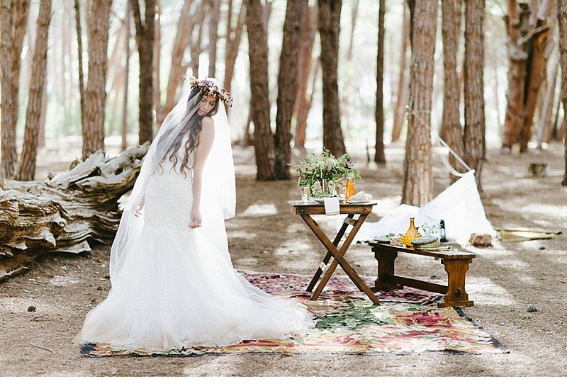 enchanted forest inspiration styled shoot 0008