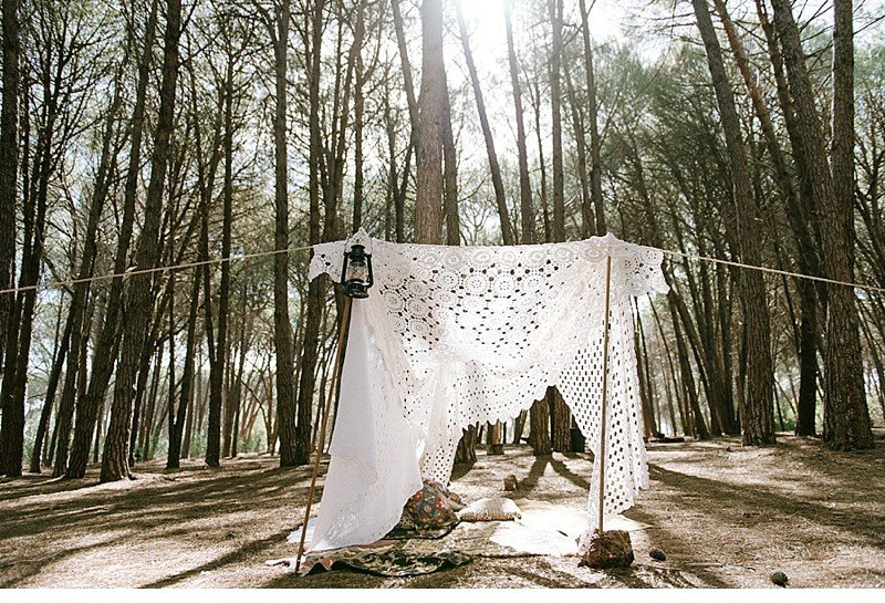 enchanted forest inspiration styled shoot 0011