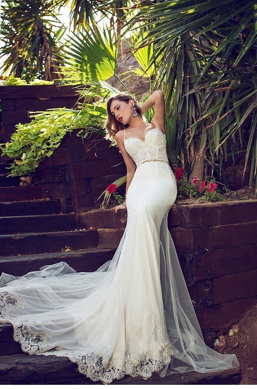 Julie Vino - romantische Brautkleider Kollektion The Orchid