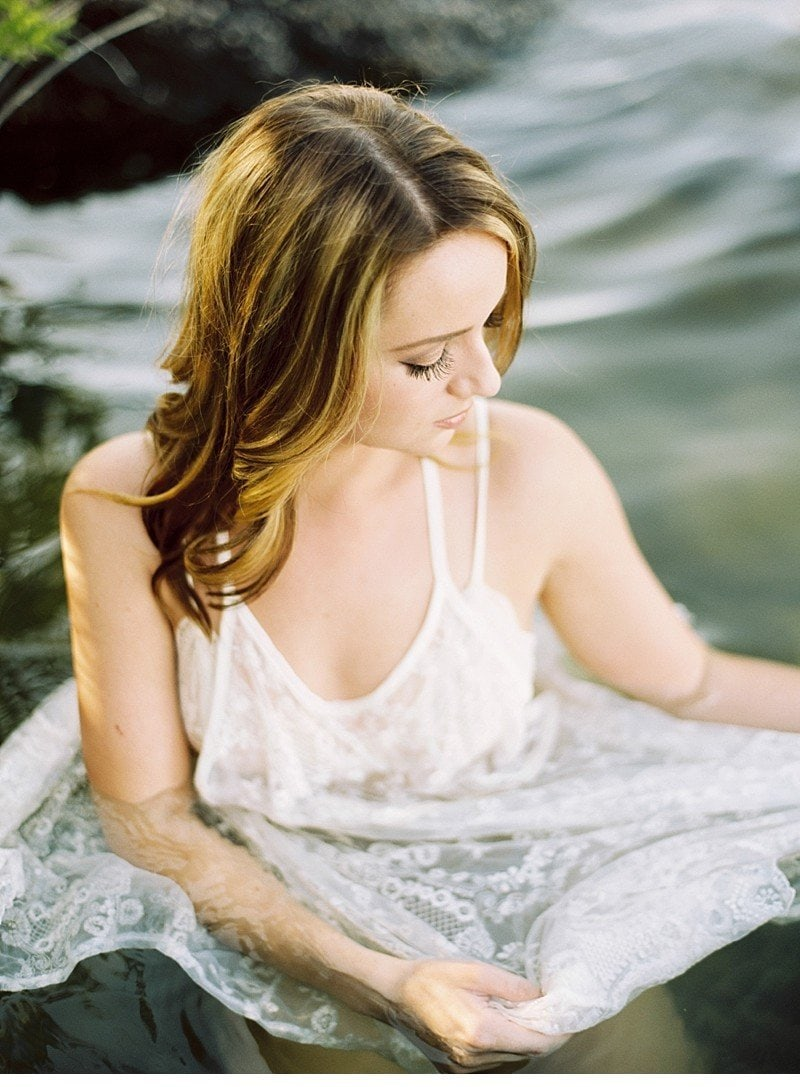amber lake bridal boudoir 0009