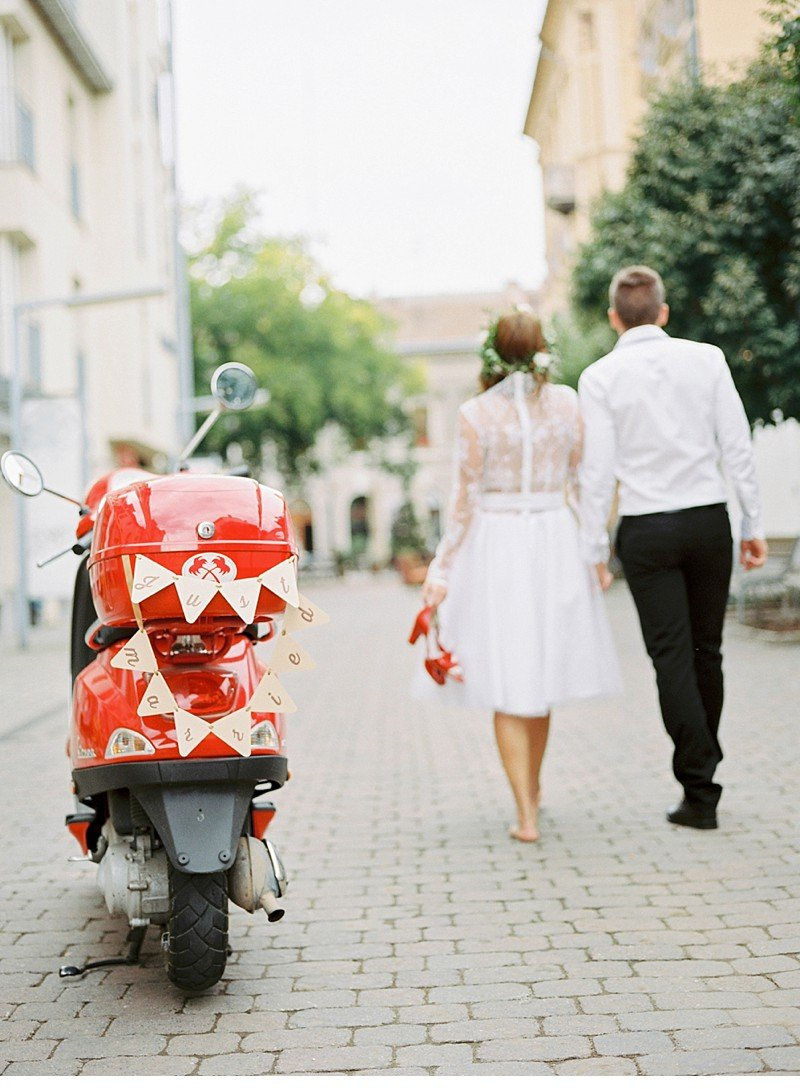 vespa love-paris destination wedding 0027