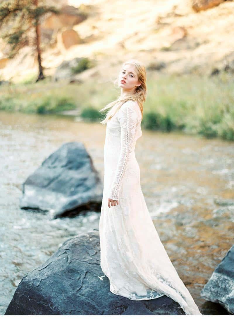water inspired wedding ideas 0005
