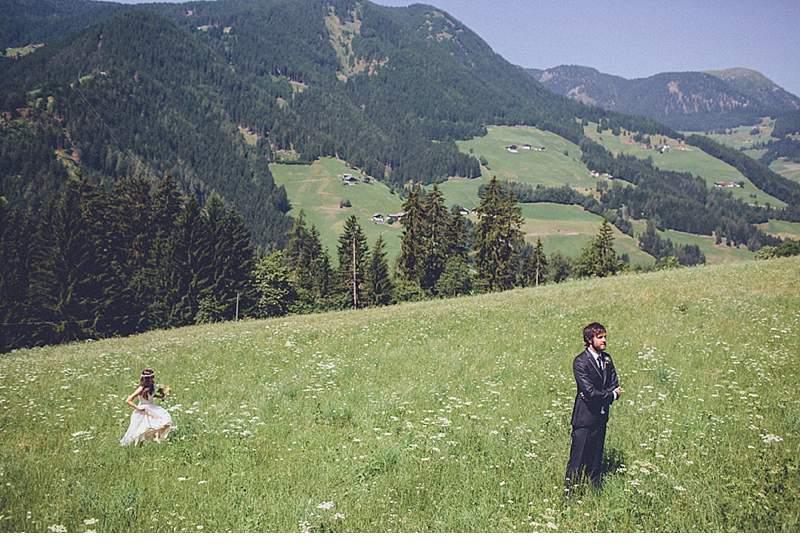 marion-armin-hochzeit-bergen-boho_0012