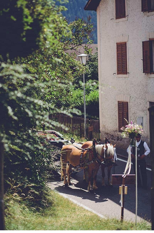 marion-armin-hochzeit-bergen-boho_0034