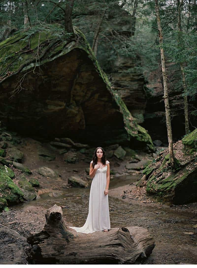 moody-cave-bridal-shoot_0004