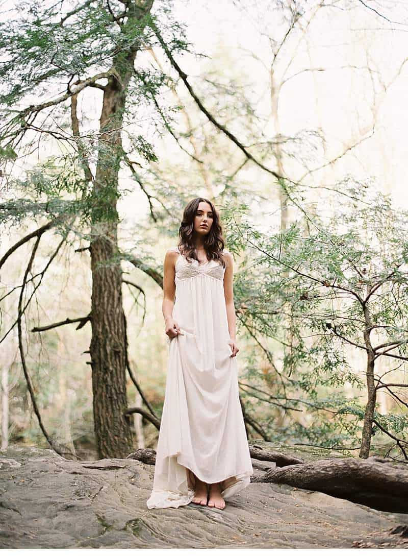 moody-cave-bridal-shoot_0010