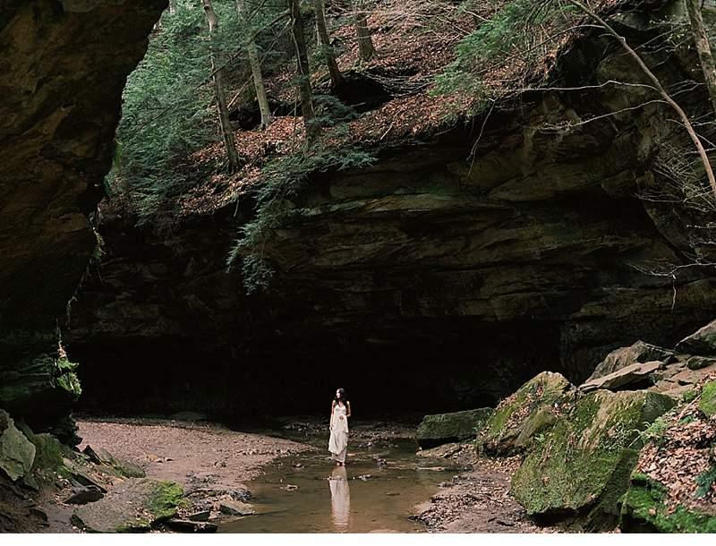 moody-cave-bridal-shoot_0012