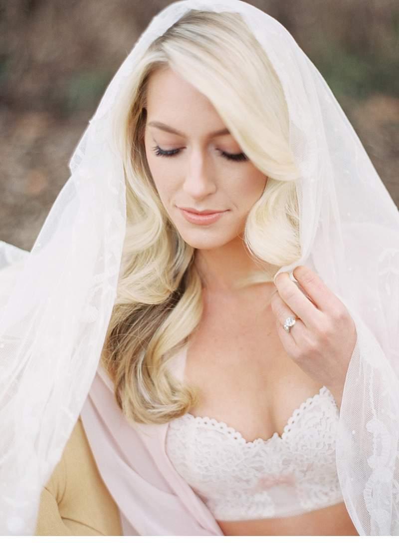 boudoir-bridal-inspiration-shoot_0014