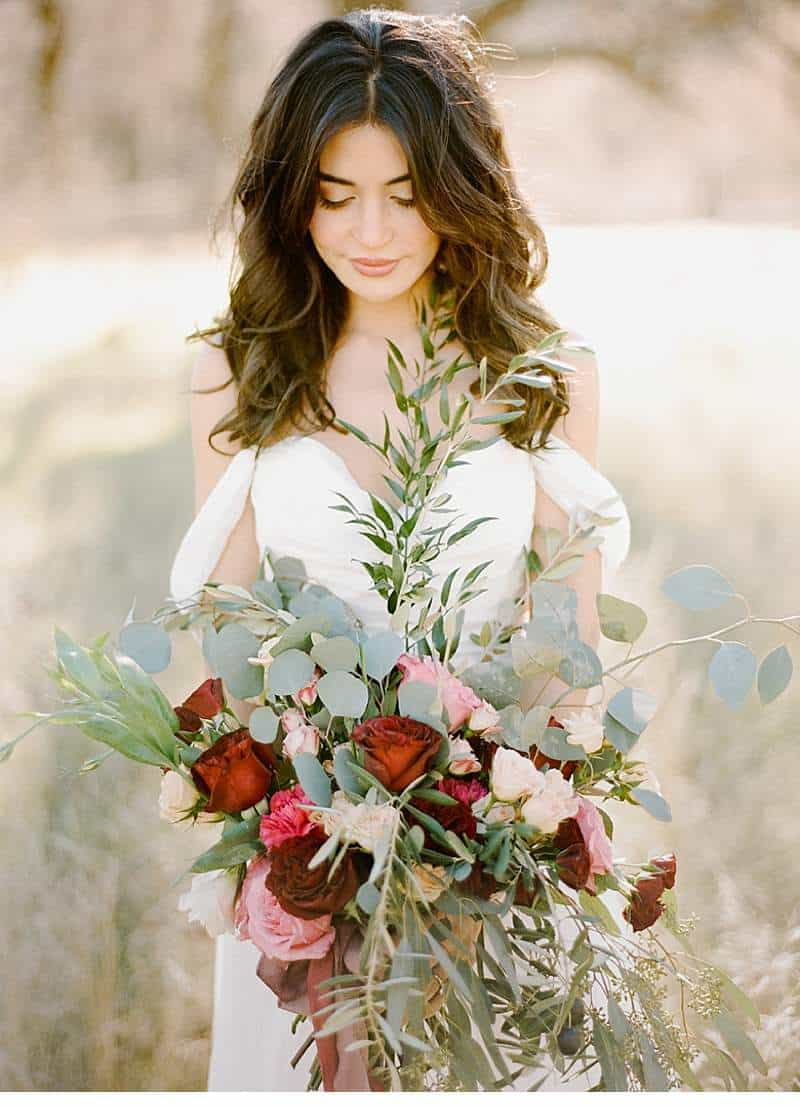 california-ranch-burgundy-wedding-inspiration_0007
