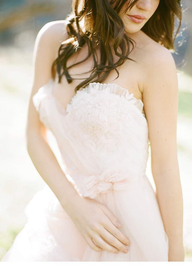 california-ranch-burgundy-wedding-inspiration_0012
