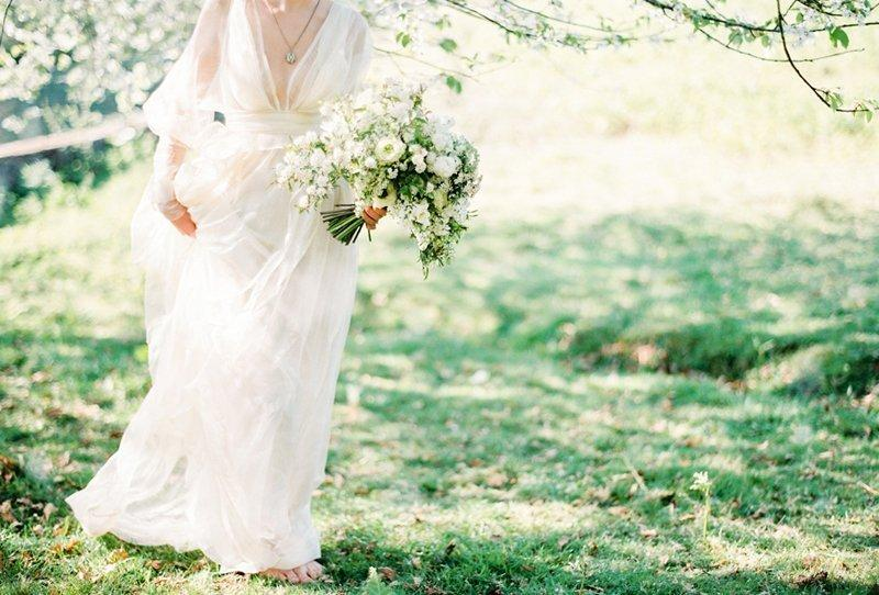 Romantische Inspirationen für eine sommerliche Gartenhochzeit von Brancoprata
