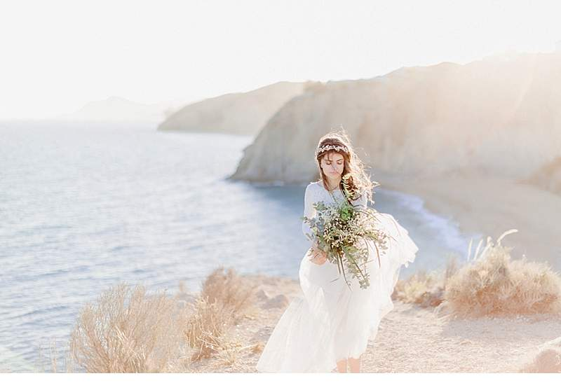 spanish-cliff-bride_0016a