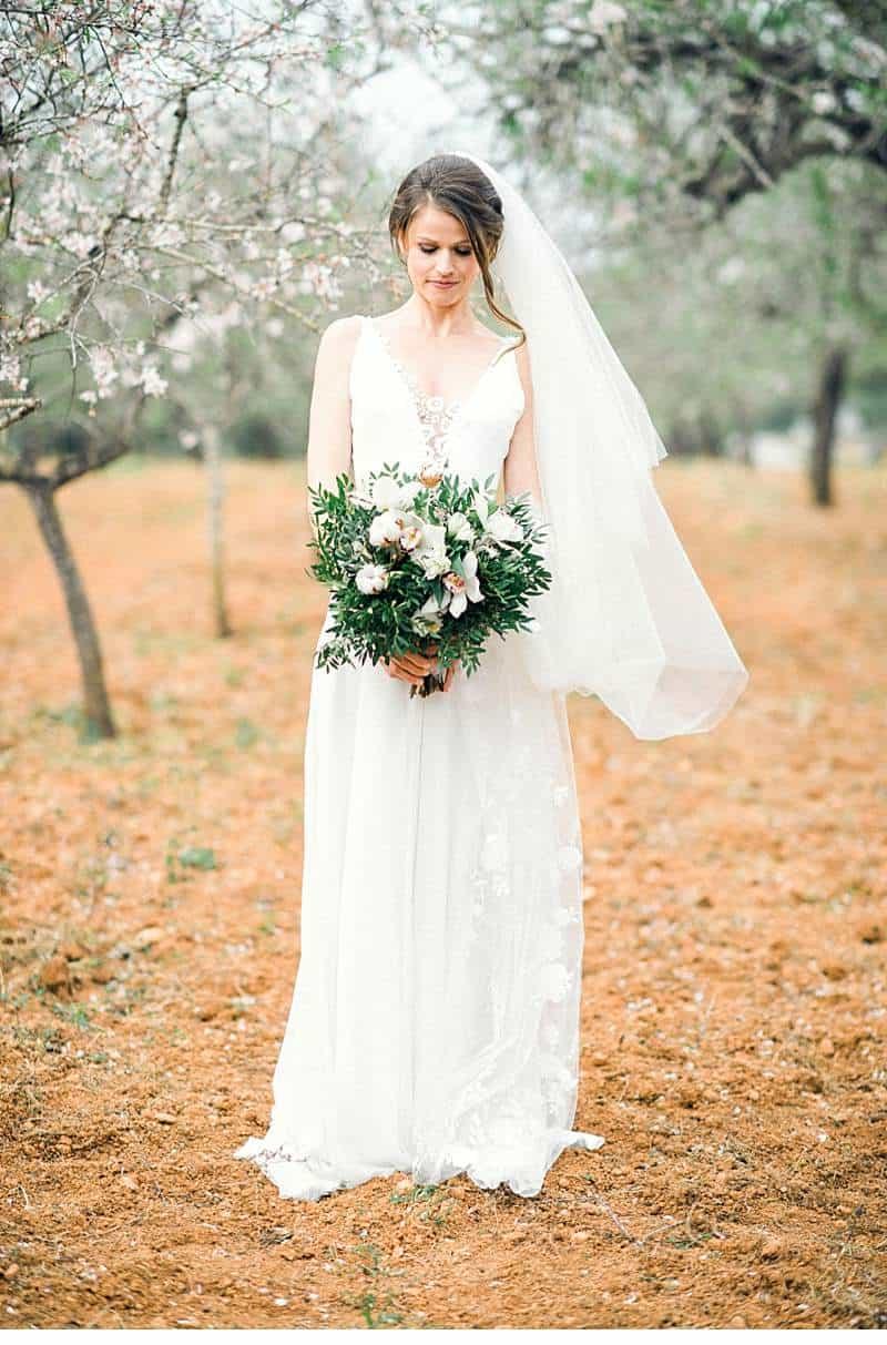 almond-blossom-bride-ibiza_0013
