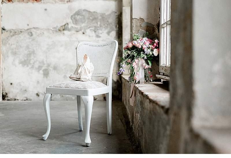 schlosshochzeit-brautinspirationen-rosetoene_0006b