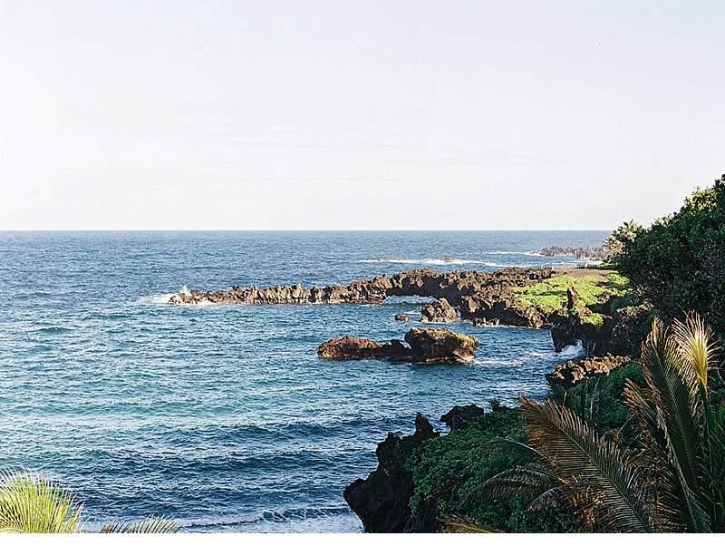 strandhochzeit-brautkleid-schwarz-gold-hawaii_0013