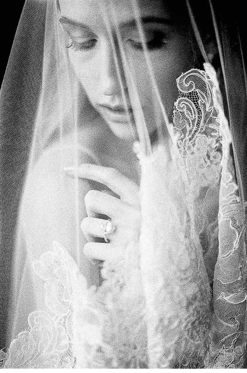 bridal-getting-ready-villa-rochetta-italy_0025