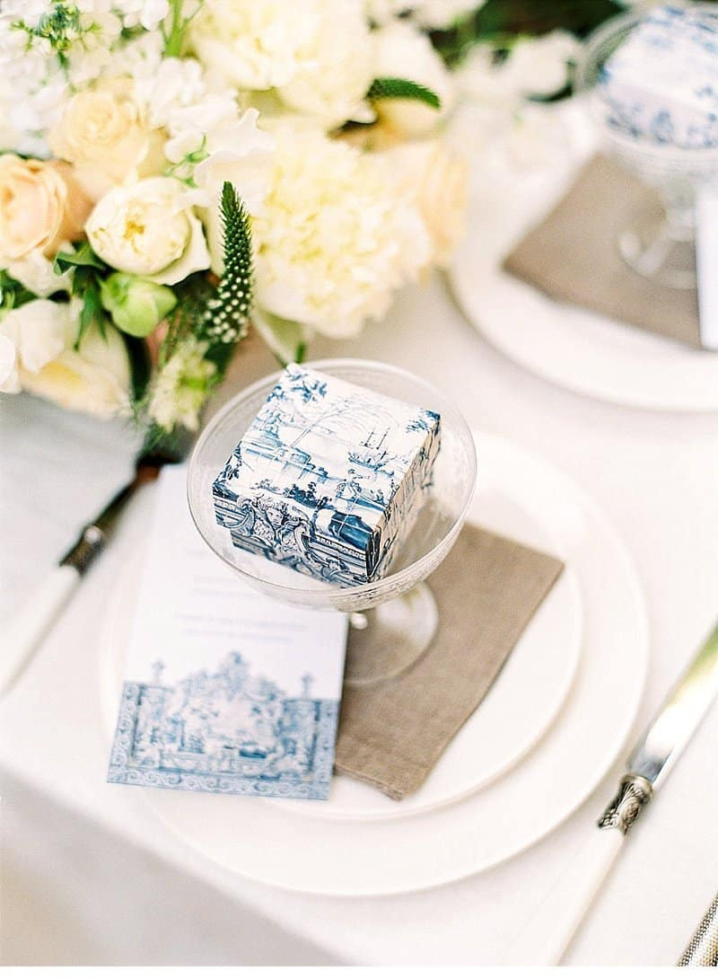 wedding cakes with portuguese tiles by t bakes and brancoprata