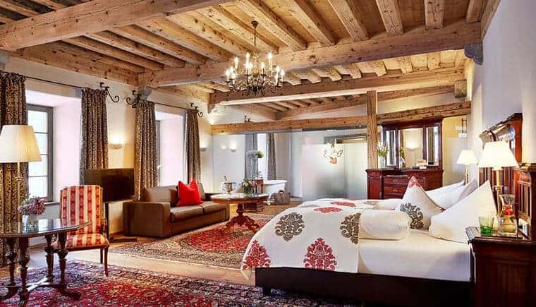 Im Schloss Mittersill trifft Historie auf moderne Romantik