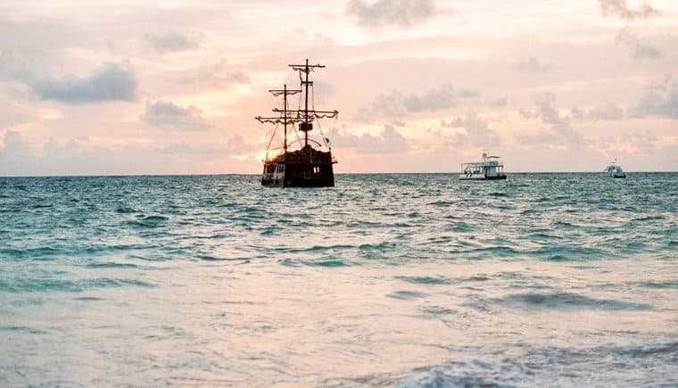 Tropische Brautinspirationen am Strand von Punta Cana von Ondina Baier-Yanez