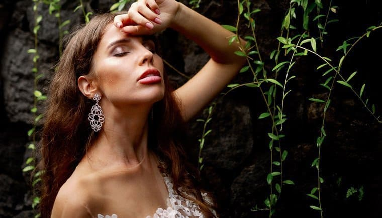 Sinnliche Brautinspirationen aus dem Regenwald Balis von Vivid Symphony
