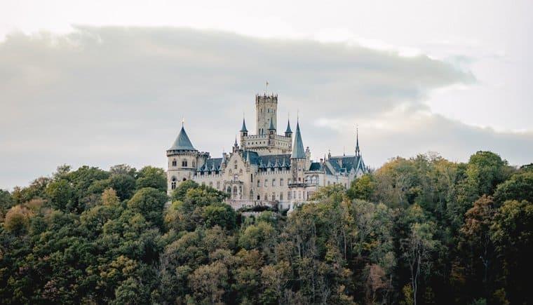 Die Liebesgeschichte von Schloss Marienburg von Diana Frohmüller
