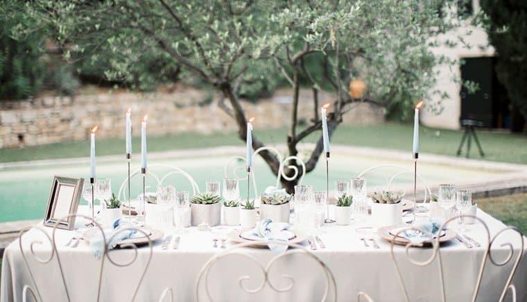 """""""Grüne"""" Hochzeitsinspirationen aus den Hügeln der Provence"""
