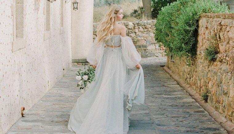Eine romantische Liebesgeschichte im Olivenhain
