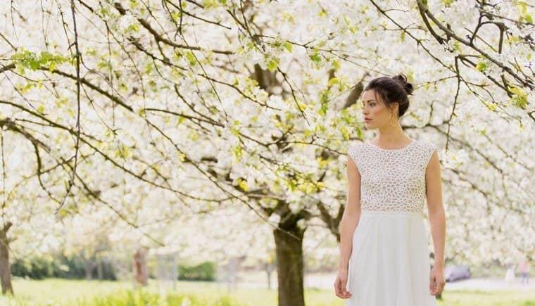 """""""Blütenmeer"""" – die Kollektion kurzer Brautkleider 2021 von Claudia Heller"""